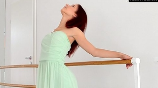 Redhead Zlata doing standing bridges